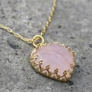 Gold necklace, Heart necklace, Pink rose quartz stone, Vintage necklace, Bridal jewelry, Gold jewelry, Dainty gold necklace, Birthday gift