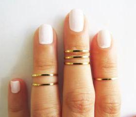 Thin gold ring - Sta..