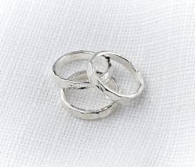 Silver knuckle Ring ..